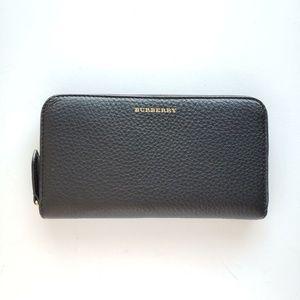 Burberry Pebbled Leather Zip-Around Wallet - Black